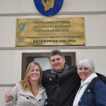 We find out that Lisa, Terry and Sandy have Irish ancestory when we walk by the Irish Embassy in Praha
